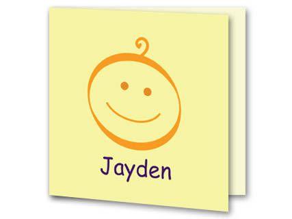 Een geboortekaartje met een getekend oranje baby hoofdje . Onder het babyhoofdje staat de naam van je kindje geschreven maar dit kun je zelf online aanpassen. De achtergrondkleur is geel. Aan de binnenkant van het geboortekaartje is de achtergrondkleur lichtgeel. Links onderin is het babyhoofdje weer geplaatst.
