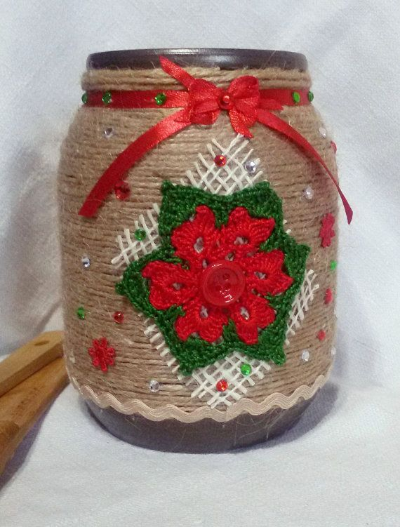Christmas mason jar covered with rope by Rocreanique
