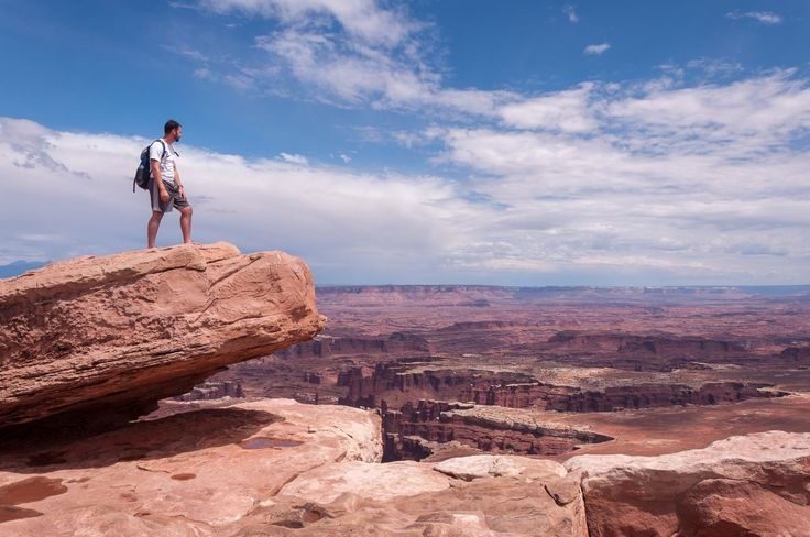 Itinerary example of for an epic 1-month southwest USA road trip including California, Arizona, Utah and Nevada.