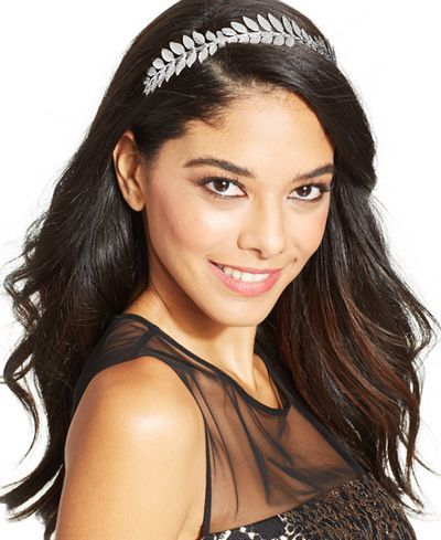 """Make every day a special occasion with this stunning metal leaves headband from Josette. 