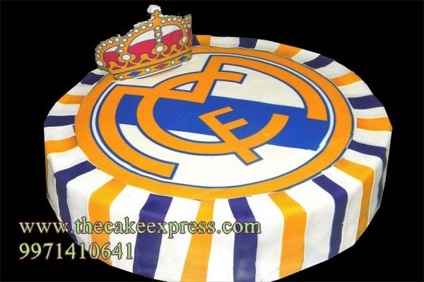 REAL MADRID FOOTBALL CLUB CAKE
