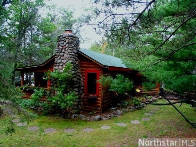 Cabin retreat make mine rustic pinterest cabin for Log cabin retreat