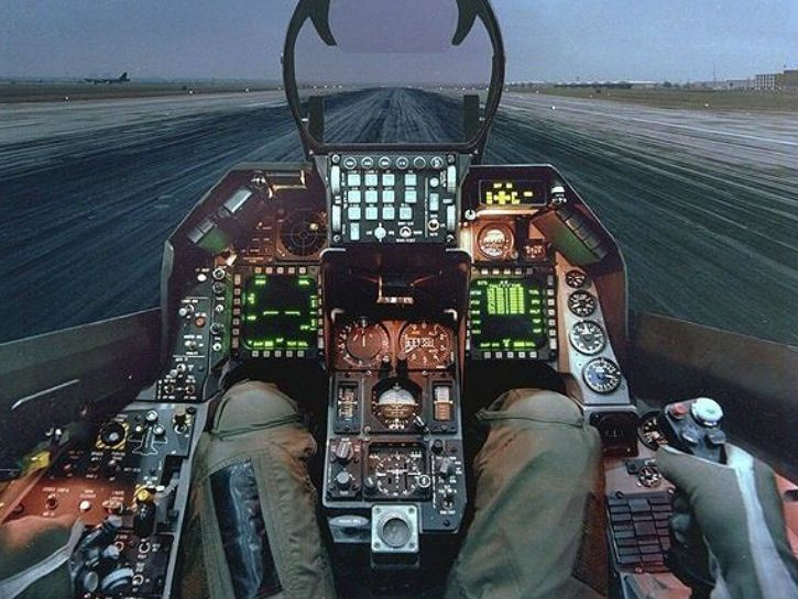 18 Incredible Cockpit Photos Show The American Fighter's 70 Year Evolution - Odometer.com