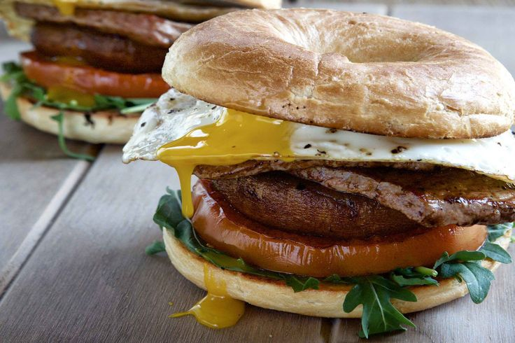 Minute Steak Breakfast Burgers - Make delicious beef recipes easy, for any occasion