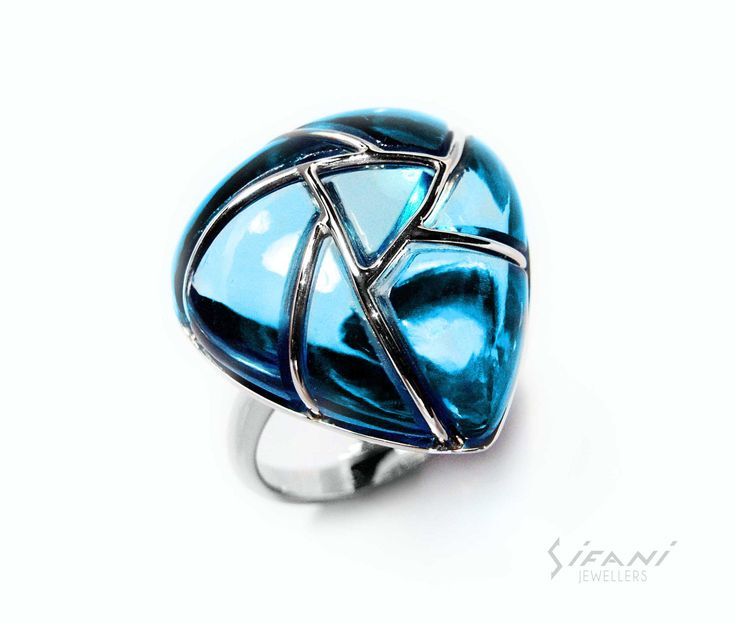 Teardrop shaped ring from the Sifani Fairy Collection #Ring #Jewelry #Diamond