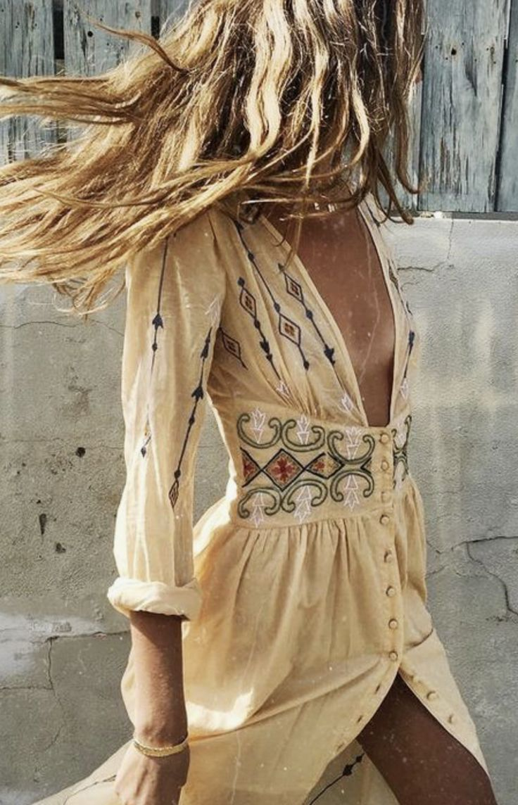 Boho Style • Love the color with her hair...