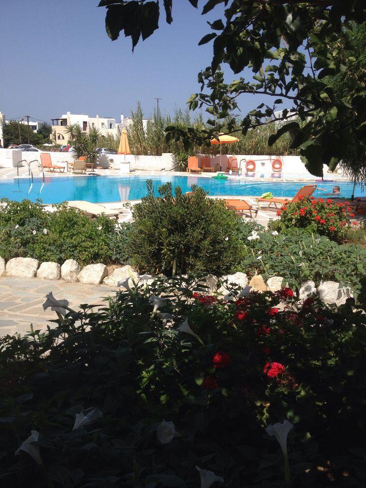 Agia Anna Naxos , Something Else Hotel