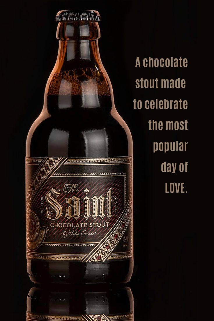 A chocolate stout made with the unique cocoa from São Tomé. 'Packaging of the world' also shares some thoughts regarding this label design.