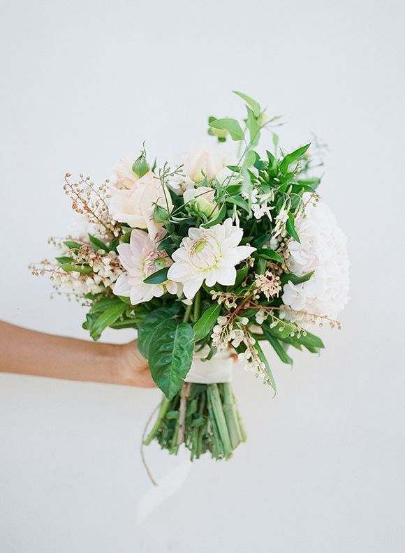 Minimal and Elegant Wedding Inspiration