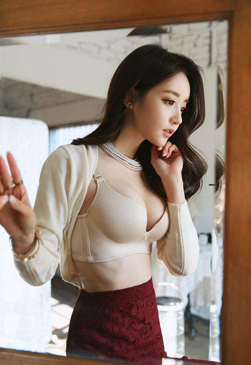 Gorgeous Korean Model Son Youn Ju Showing Off Her Elegant -4580