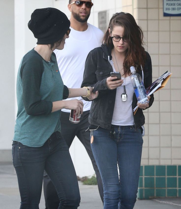 Kristen Stewart & Rumored Girlfriend - http://oceanup.com/2014/01/11/kristen-stewart-rumored-girlfriend-out/