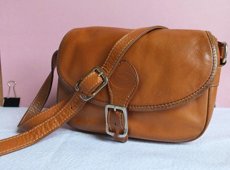 Besace Longchamp en cuir camel - 80,00€