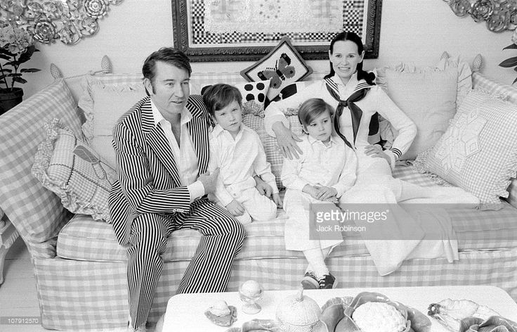 Author and actor Wyatt Emory Cooper, Carter Cooper, Anderson Cooper, and Gloria Vanderbilt