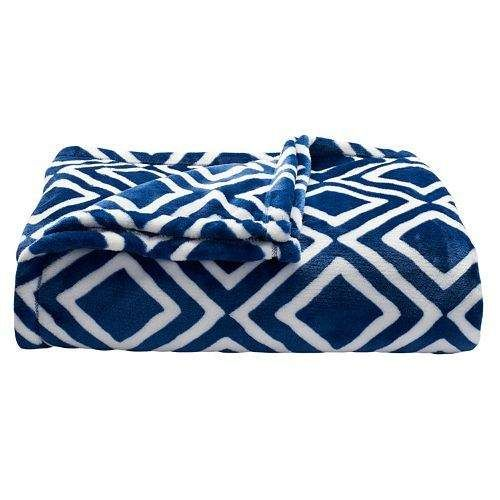 Kohl's Bedding Flash Sale: 30% off until Noon and 20% off until Midnight #LavaHot http://www.lavahotdeals.com/us/cheap/kohls-bedding-flash-sale-30-noon-20-midnight/116062