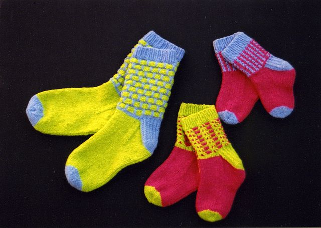 Ravelry: Fixation Socks pattern by Shona Smith