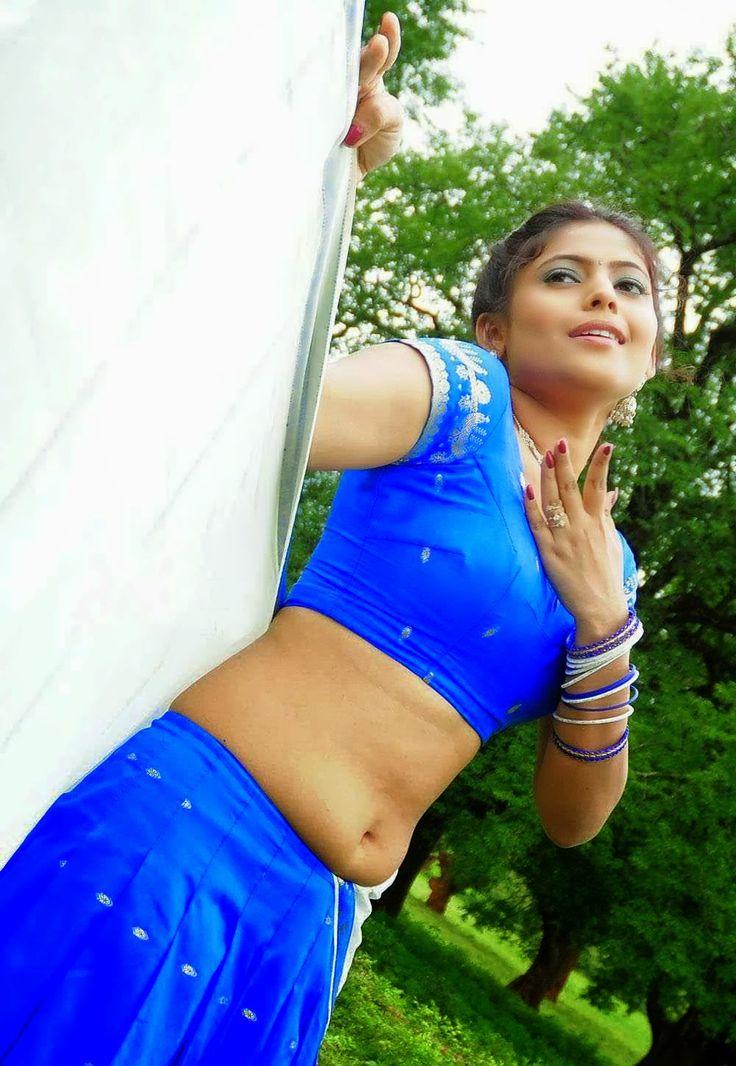 Actress Gajala Saree Below Navel Show Photos - Hot and Spicy