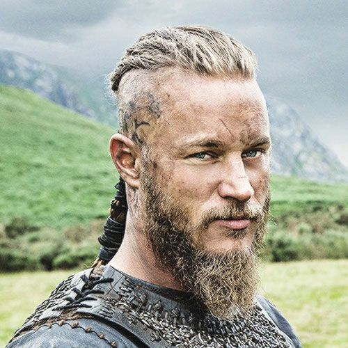 Travis Fimmel Hairstyle