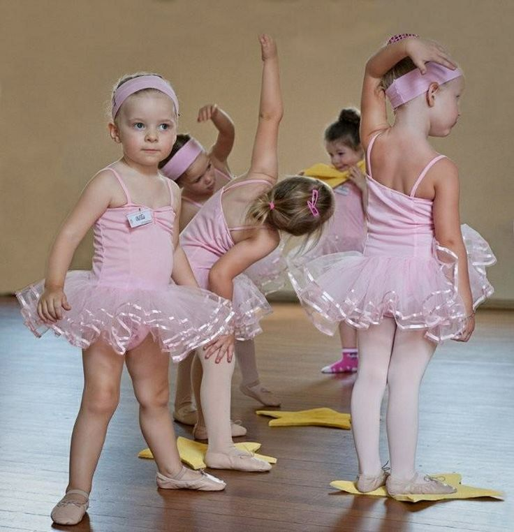 Dancing Babies Cute: Www.theworlddances.com/ #littleballerinas #dance