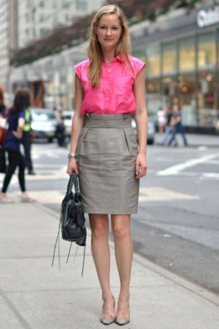 Cute And Classy Summer Work Outfits For Business Women 12