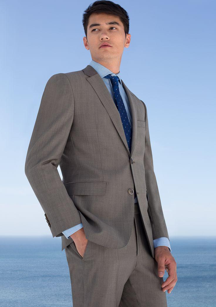 Έχεις επαγγελματική συνάντηση ή σοβαρό meeting; Έχουμε δημιουργήσει για εσένα τα ιδανικά και πιο elegant look!