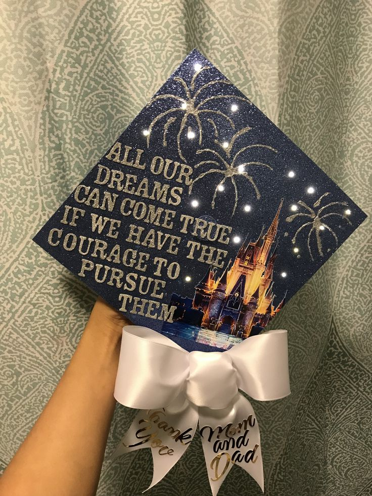 This Disney hat with lights cost me just 3 hours! #disneygraduationcap #disneygraduationcap #gradcapwithlights #litupgraduationcap