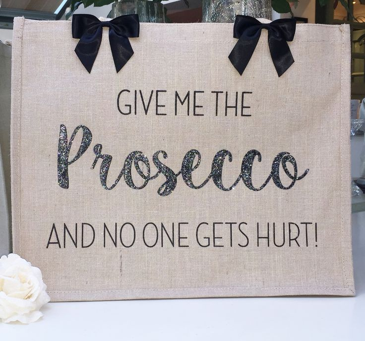 Large Juco Bag - Give Me The Prosecco And No One Gets Hurt!  Part of the 2 for £25 bag range, great for shopping, the beach and travelling ☀️  ❤www.hunnibunniboutique.co.uk