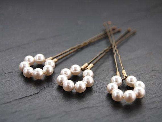 Hey, I found this really awesome Etsy listing at https://www.etsy.com/listing/65629264/pearl-halo-bridal-hair-pins-swarovski