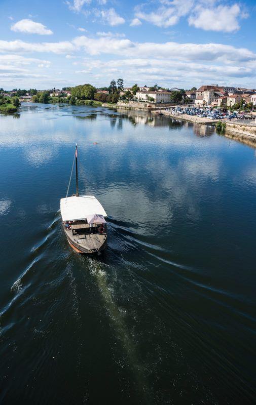 A Trip along the Dordogne at #Bergerac, France