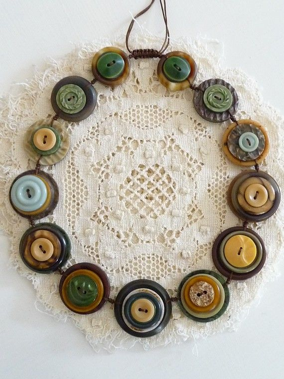 another take on a button necklace
