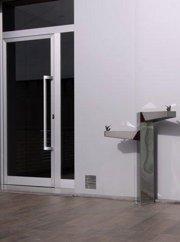 Dual Drinking Fountain UM540 - Drinking Fountains - Site Furnishing | BENITO URBAN