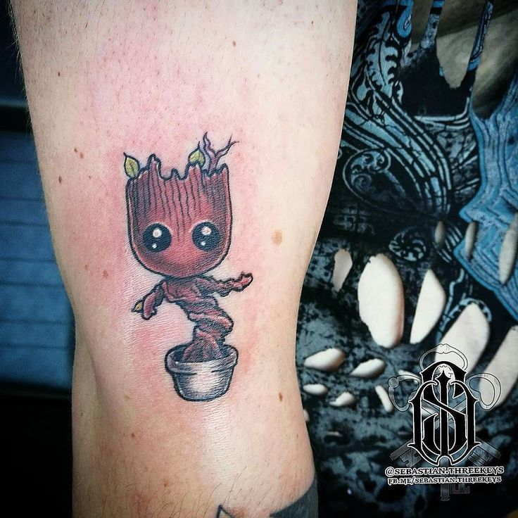 Baby Groot! Done here @jollyoctopustattoos for our flash day! There is still time to get in show off your cosplay get cool tattoos and be in to win a $100 voucher!  Video ofm dancing up next!  #jollyoctopustattoosandpiercings #jollyoctopus #jollyoctopustattoos #maythe4thbewithyou #maythe4th #the6thlords #flashday #flashtattoo #groot #groottattoo #babygroot