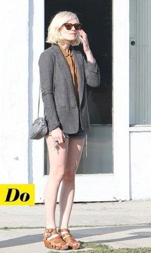 Kirsten Dunst et son micro sac Chanel vintage