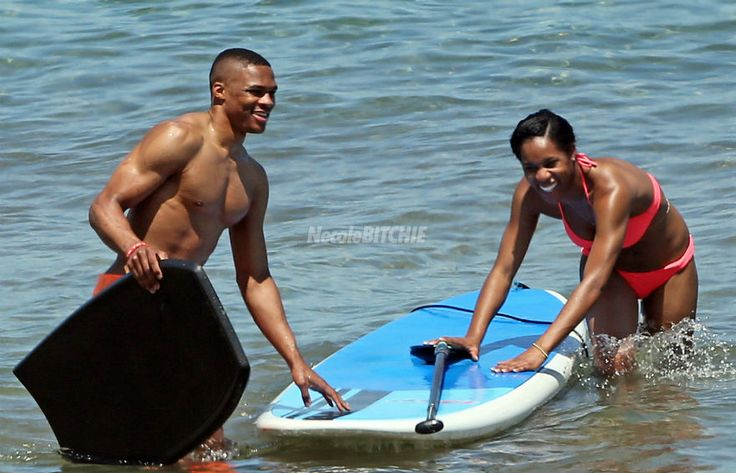 Russell Westbrook and girlfriend Nina Earl In Maui (1)