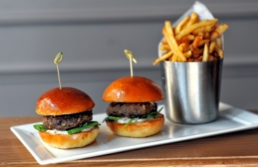 Chef Sean Olnowich changes the game when it comes to sports bar food at Bounce. Gourmet snack grub: Is it worth it?