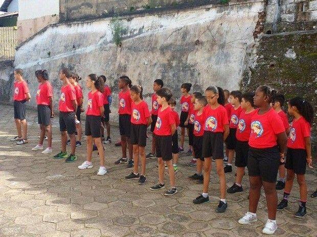 Oliveira ganha curso de 'Bombeiro Mirim' - http://anoticiadodia.com/oliveira-ganha-curso-de-bombeiro-mirim/
