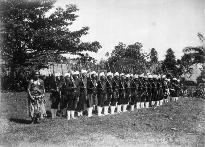 Mata'afa's Samoan soldiers presenting arms. Smith, Stephenson Percy, 1840-1922 :Maori and Polynesian photographs. Ref: PA1-o-469-54. Alexander Turnbull Library, Wellington, New Zealand. http://natlib.govt.nz/records/22698418