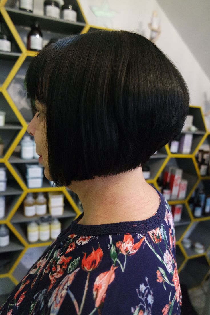 Client Fiona after her beautiful transformation with Charlene, with a fresh and sleek restyle! Book online with Charlene @ sdhair.co.uk/?utm_content=buffer8dc28&utm_medium=social&utm_source=pinterest.com&utm_campaign=buffer, or call the salon on 01179 502 402 #bristol #hair #tuesdaytransformation #beforeandafter #shorthair #shorthairstyle #brunette #hairdresser #hairdressing #davines #alliloneducation #allilon #restyle #haircut #bristol #bristolcity