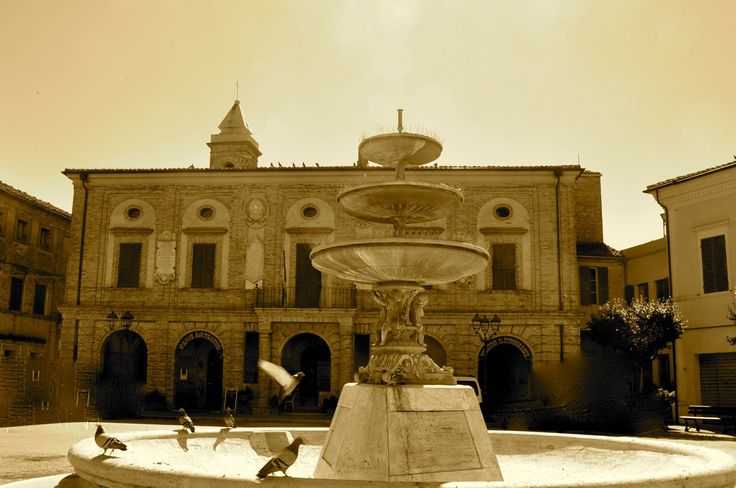 Piazza di #PotenzaPicena