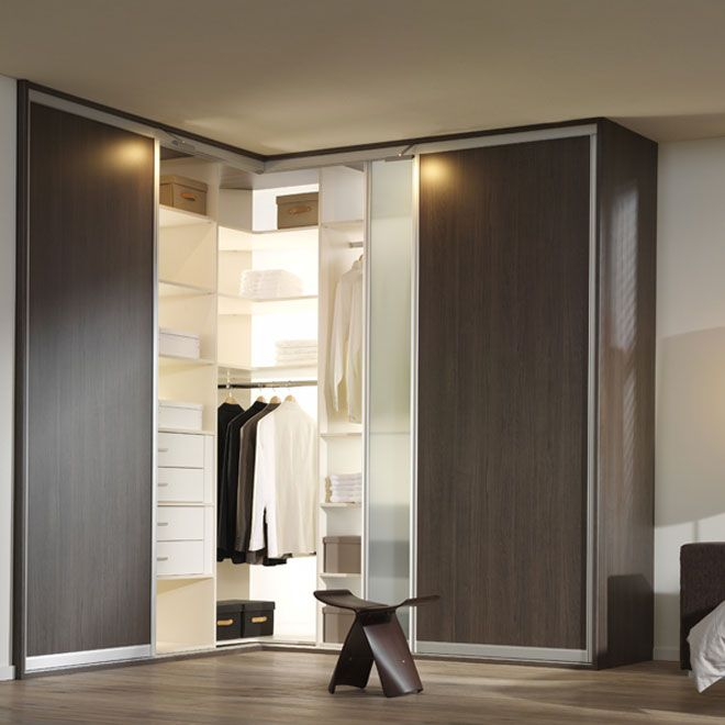 Don't let your #closet leave a difficult corner space open. This corner closet is perfect to make optimal use of your bedroom space. #home #renovate  From Garobe