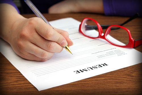 Is your #resume too long? Have a gap between jobs? Not sure how to explain various, unrelated jobs? Read on for advice on how to fix up your resume so these problems don't hurt your chances of landing a job.