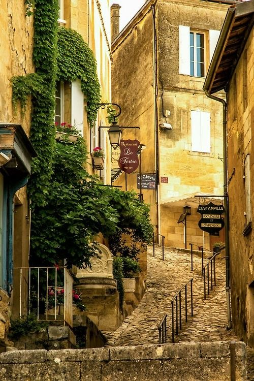 Saint-Émilion, France - in the Bordeaux wine country