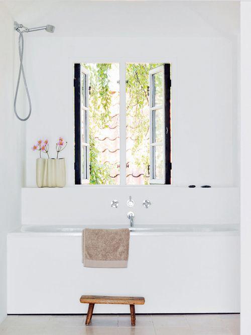 """"""": Bathroom Design, Bathroom Inspiration, Bath Tubs, Modern Bathroom, Window, Bathtub, Bathroom Ideas, White Bathrooms"""