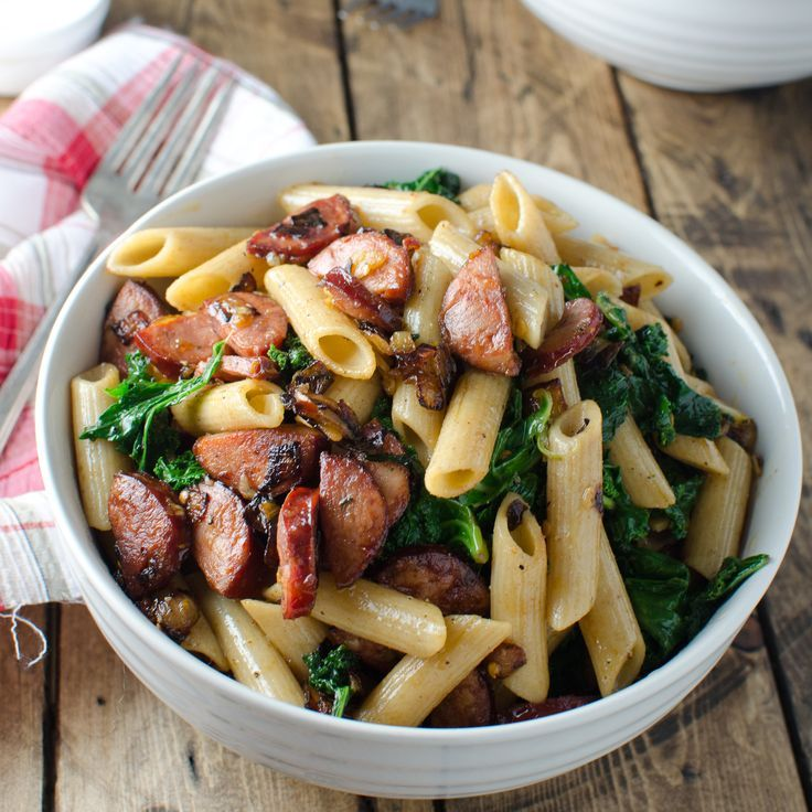 This whole-wheat pasta with spicy chorizo and kale is a great wintery pasta dish.:
