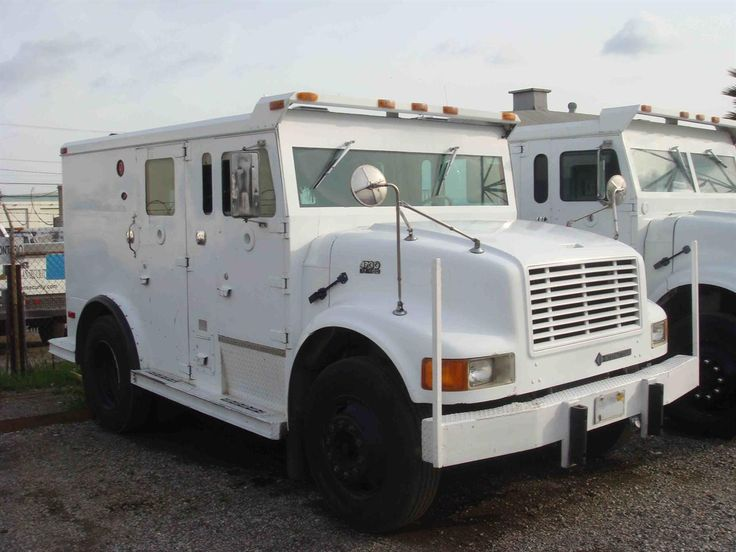 armored bank car used armored truck 1280x960 lockbox pinterest banks and cars. Black Bedroom Furniture Sets. Home Design Ideas