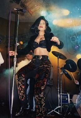 Young Selena