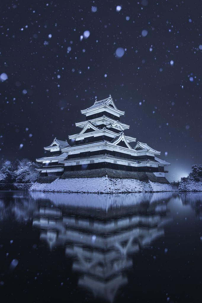 Snow in Matsumoto Castle, Nagano, Japan