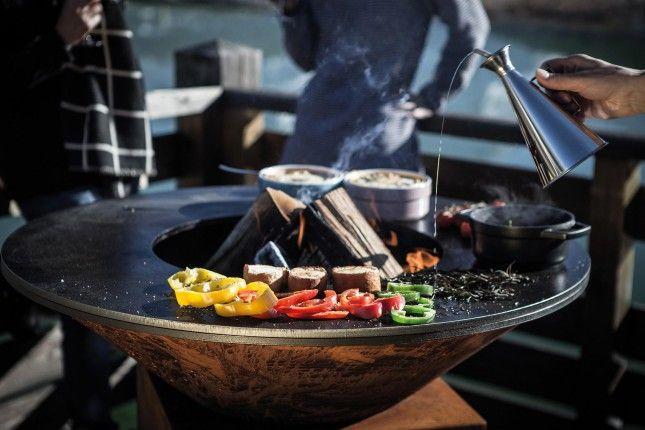 1000 id es propos de brasero barbecue sur pinterest. Black Bedroom Furniture Sets. Home Design Ideas
