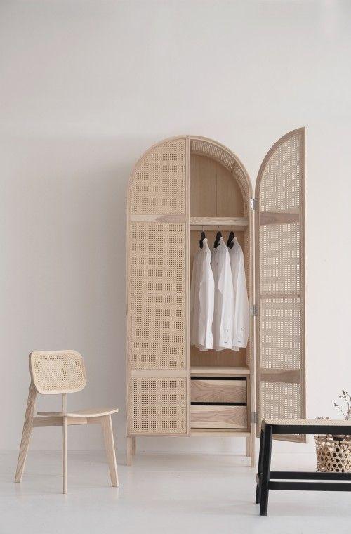 cabideiro de parede, cabide, armário, casa, home decor, organização, closet, guarda-roupa, ideias, minimalista.