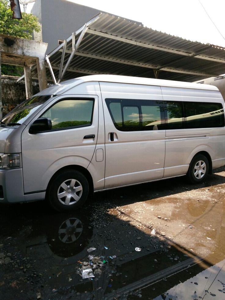 SEWA MOBIL HIACE SURABAYA Tlp 082132286674