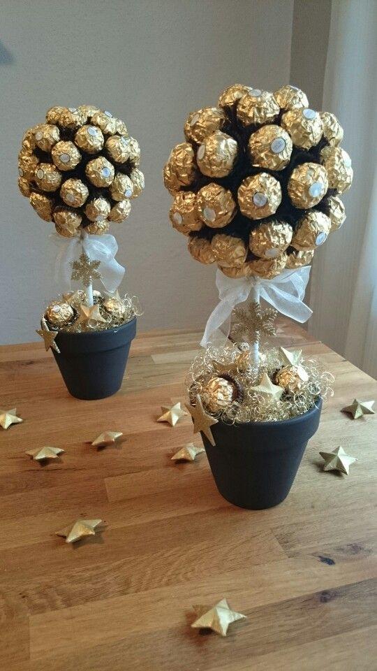 Ferrero Rocher Tree | Diy weihnachtsgeschenke, Süßigkeiten geschenk, Pralinenstrauß
